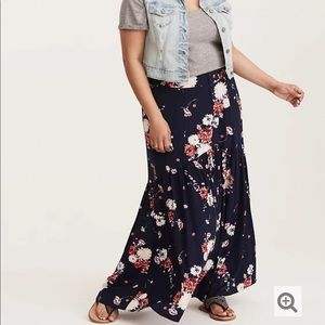 Torrid Floral Maxi Skirt Plus 22